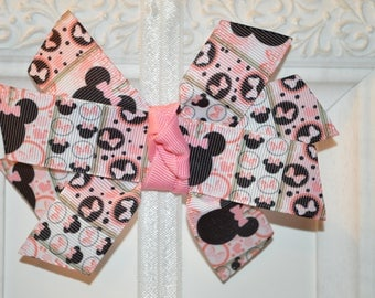 Pink Minnie Mouse Bow