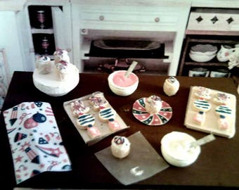 Dollhouse Miniature 4th of July Baking Set
