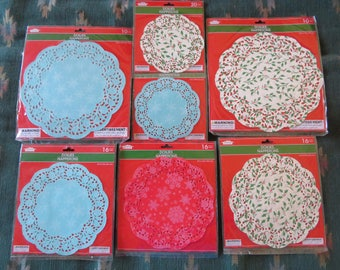 Holiday,winter print paper doilies,round with scalloped edges,holly or snowflake pattern,ass't sizes,6,8 in or 10 in dia,craft doily