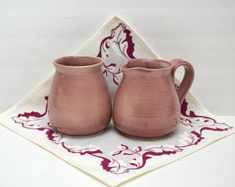 Vintage Mauve Art Pottery Sugar and Creamer, Artist signed WT Ritter 1988, Glossy Ceramic Syrup Pitcher & Condiment Jar, 1980s Grayish Pink