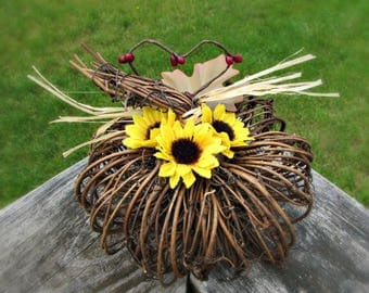 Sunflower Wedding Centerpiece For Table, Rustic Barn Wedding Decor,  Grapevine Pumpkin, Sunflower Baby