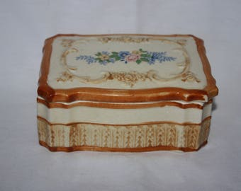 Vintage 1950s Maruhon Ware Japan Handpainted Trinket or Jewelry Box