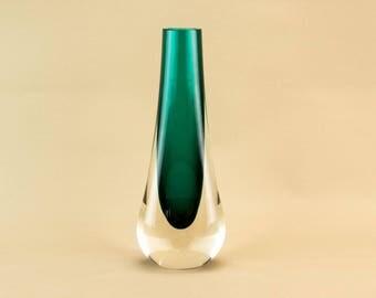 Green Glass Whitefriars Drop Vase Modernist English Vintage 1970s Lobed