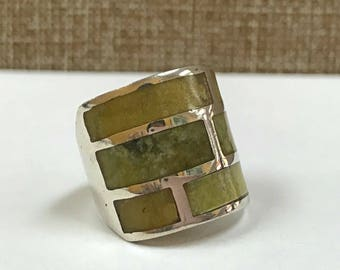 Vintage 925 Sterling Silver  Ring With Green Stones, Size 6 1/4