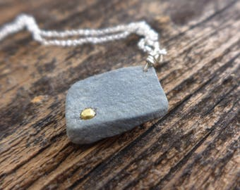 Beach stone and brass necklace 8