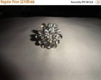50% OFF Vintage adjustable ring Gorgeous Cluster rhinestones
