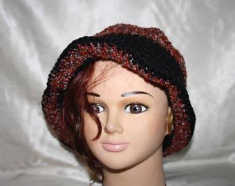 Hat Burgundy Heather circular multi color and black