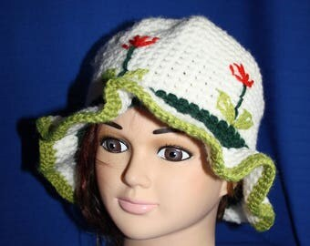 Hat with white rim with pretty embroidery flowers