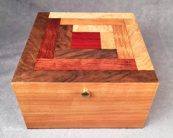 Log Cabin Cherry Keepsake Box by Quiltboxes