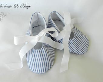Baby shoes in Navy and white - stripes 1/3 months