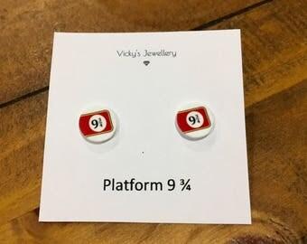 Harry Potter Inspired Earrings - Kings Cross Platform