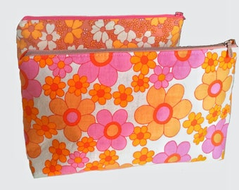 Floral print make up bag handmade toiletry bag pink orange mod floral Scandinavian vintage fabrics. Fully lined. Swedish retro fabric.
