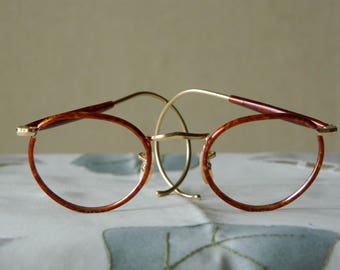 True Vintage rare gold filled, Panto eyeglasses Frames BAO 20 GF (Gold filled) British American Optical Made in England 1930's. EXC*****