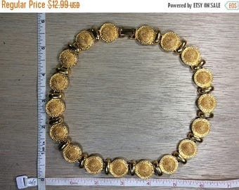 "10% OFF 3 day sale Vintage 18"" Gold Toned Necklace Used"