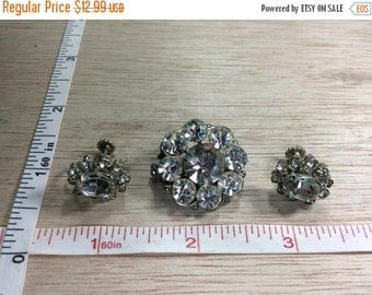 10% OFF 3 day sale Vintage Rhinestone Pin Brooch Screw Back Earring Set Used