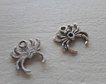 5 spider pendant, silver