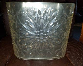 Vintage Rialto Products Heavy Plastic Waste/Garbage Can