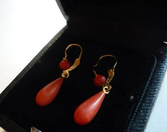 Antique Victorian 18K Gold Salmon Coral Dangling Earrings