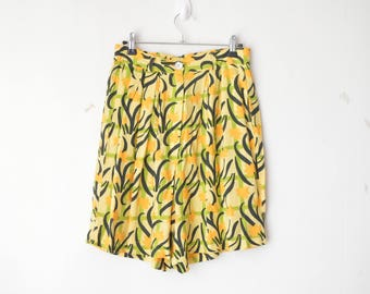 yellow abstract geometric print high waist palazzo short 80s // S-M