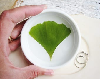 Gingko Leaf Dish, Real Nature Dish, Pressed Flowers Dish, Plant Botanical Gift, Rustic Wedding Tray, Ring Dish for Trinkets, Small Organizer