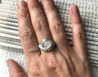 Blue Moonstone Wire Ring - Sterling Silver Wire -Size 6
