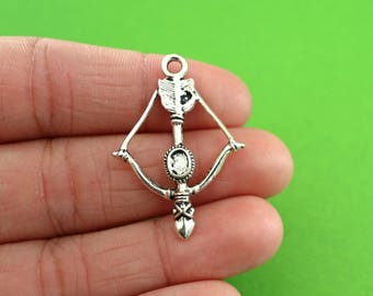 5 Silver Bow and Arrow Charms (CH070-5)