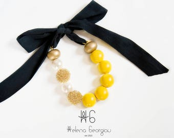 Yellow luxurious necklace