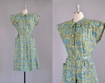 50s Dress // 1950s Green Cotton Paisley Pocket Dress // M-L