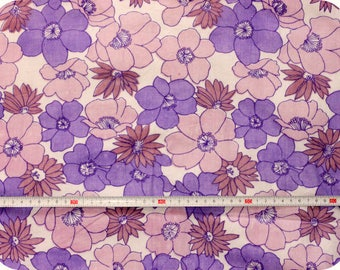 Floral retro vintage fabric NOS / New Old Stock - purple and white