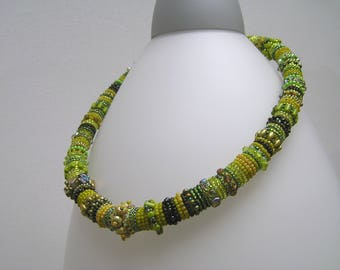 Bead embroidery cotton rope necklace