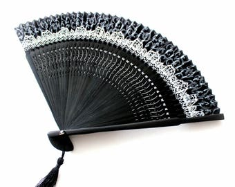 Hand Fans, hand fan, abanico,  black-white-grey