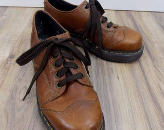 Dr Doc Martens Brown Oxfords  Loafers size 9