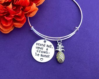 Pineapple bangle with saying on a Silver adjustable Bangle /  Collectable Sturdy / great gift / inspirational / be a pineapple