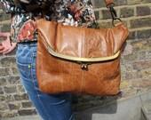 Dublin Medium Clip Bag Tan Scrunchy Leather