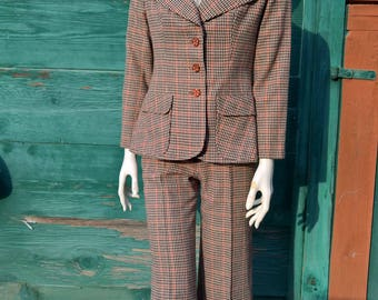 Vintage Town and Country Houndstooth Plaid Suit