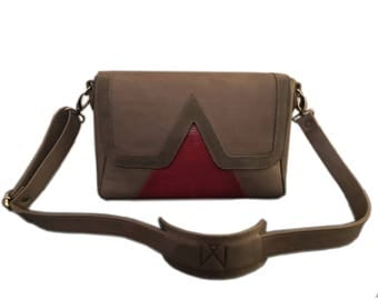 """""""V"""" taupe and Red Lizard cowhide suede and leather Messenger bag."""
