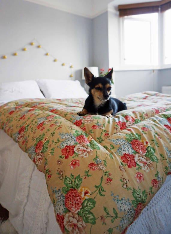 Vintage Eiderdown Quilt, Peony Eiderdown Quilt, 1950s Feather Blanket, 50s Boho Blanket, Boutis, Boho Comforters, Boho Blanket, Floral Quilt