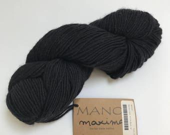 Manos del Uruguay Maxima Yarn in Black // 1 Skein // Stash Sale