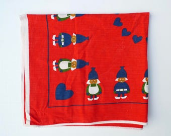 Swedish Linens, Small Tablecloth, 1960s, Printed Tablecloth, Christmas Tablecloth, Made in Sweden, Cotton Tablecloth, Hearts, Scandinavian