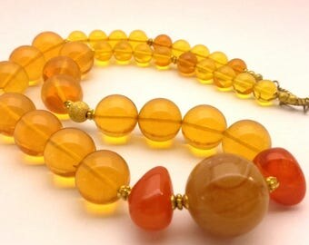 Necklace Vintage Butterscotch Amber Bakelite Type Resin Man Made Honey Beads Handmade