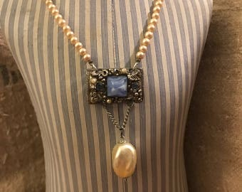 Pearl and buckle necklace