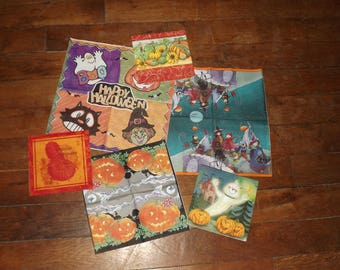 set of 6 Halloween themed paper napkins