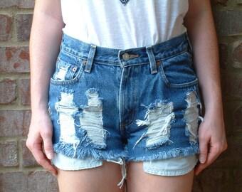 Levis 550s Vintage Destroyed Denim Shorts - S