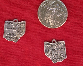 "BULK! 15pc ""Ohio"" charms in antique silver style (BC1317B)"