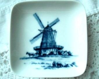 ROYAL COPENHAGEN 985 Small DISH  Vintage Made in Denmark - Windmill Motif
