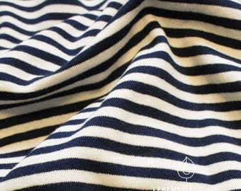 Organic stretch Jersey white blue dark blue almost black narrow stripes