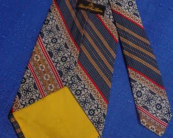 Vintage Reis of New Haven Tie, 70's Wide Tie, Super Wide Neck Tie, Vinyage Silk Tie