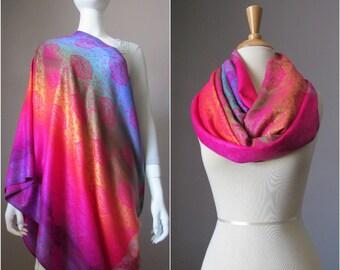 Nursing cover - Nursing Scarf - Breastfeeding Cover - Nursing Infinity Scarf - Infinity scarf with gradient paisley floral pattern