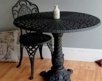 Cafe Coffee Shop Restaurant Porch GARDEN TABLE Pair of Old Victorian Style
