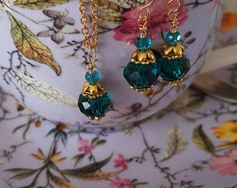Teal crystal Victorian era style necklace and earrings set in gold